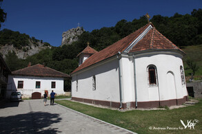 The Serbian orthodox monastery in the Vlach village of Vratna, founded by king Milutin in the 14th c. (Vratna, 2016)