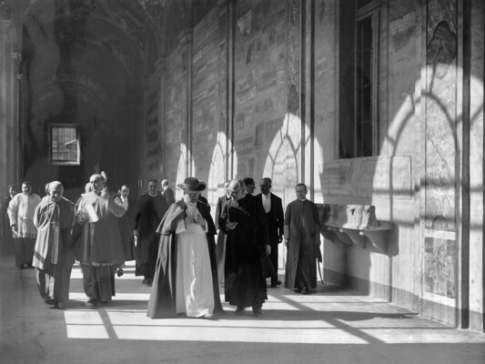 Father Wilhelm Schmidt with Pope Pius XI at the opening of the missionary ethnological museum in the Lateran, Rome, 20 December 1929; Photo Felici, Rome; Mission House St. Gabriel