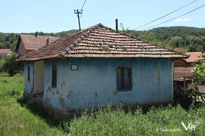 Since remigration to the Timok valley the old small living houses gave place to villas (Urovica, 2016)